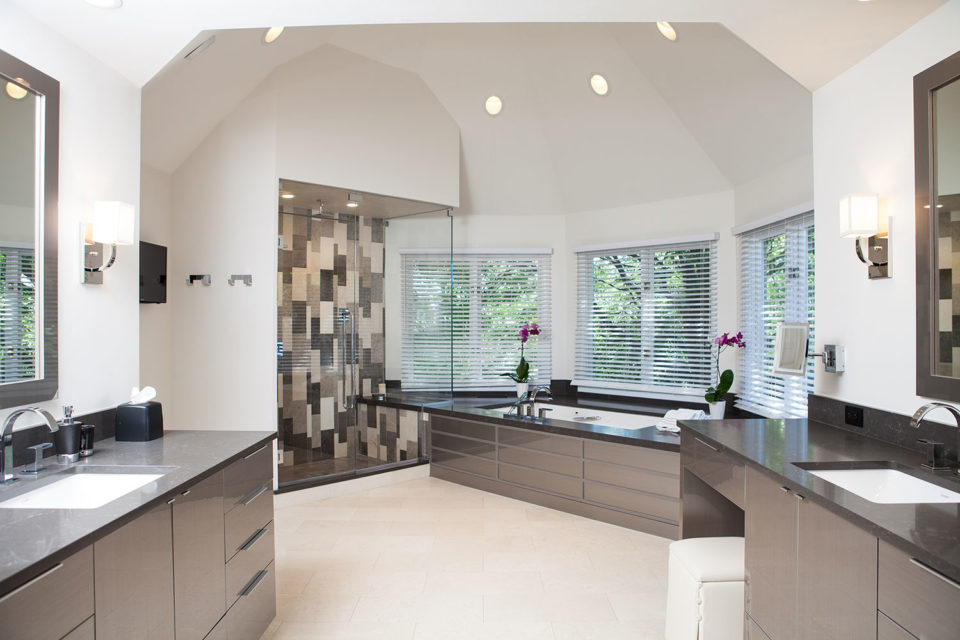 Clean Lines and Sleek Metal Cabinet Fronts