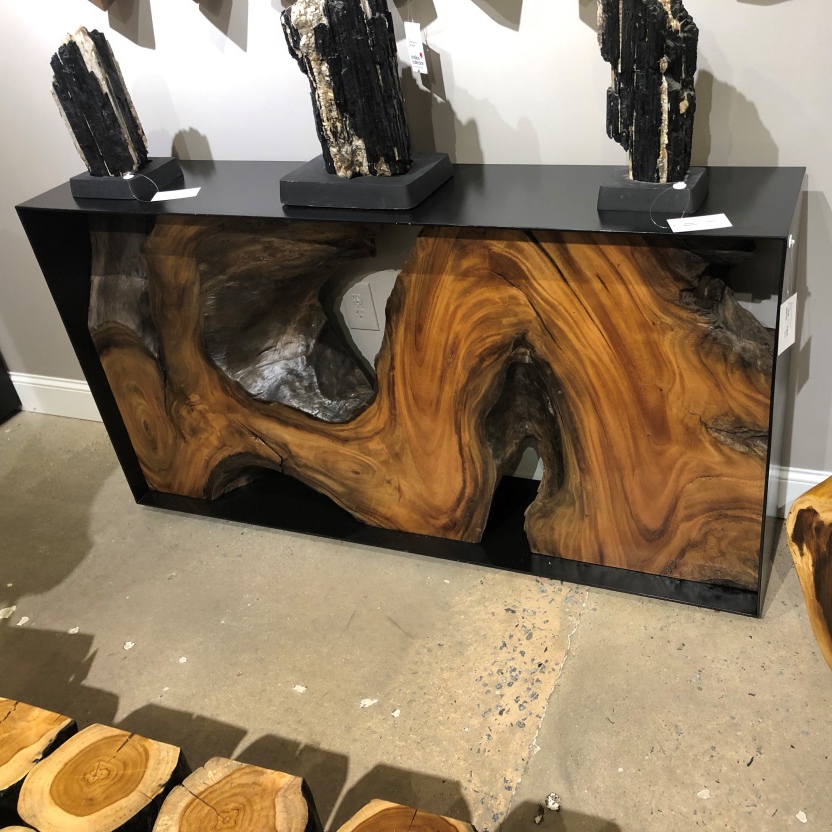 live-edge-wood-table-phillips-square