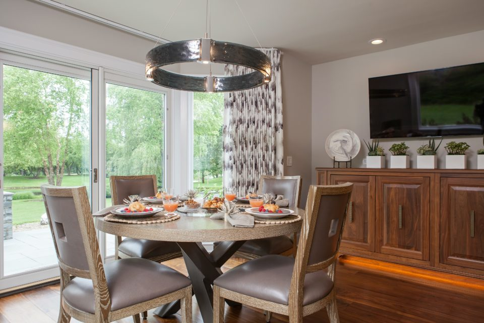 Breakfast Room with White Oak Table and Chairs